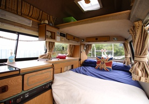 Llangennith Scamper Holidays - Tiki-Van, Swansea 3