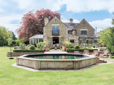 Cotswolds Farm, Gloucestershire, The Camp