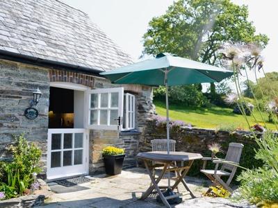 Shamrock Cottage, Newcastle Emlyn, Cenarth