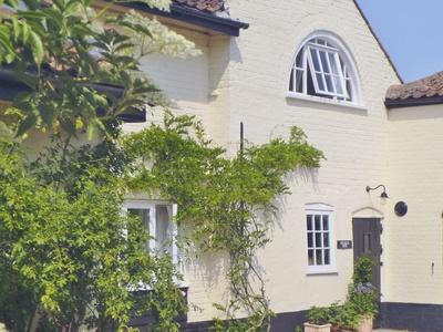 Stable End, Suffolk, Halesworth