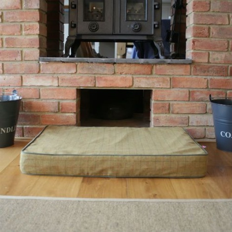 Memory Foam Tweed Dog Bed – Camel