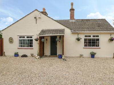 Odd Farm Cottage, Wiltshire, Malmesbury