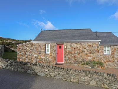 Tyn Towyn - Bwthyn Carreg, Isle of Anglesey, Trearddur Bay
