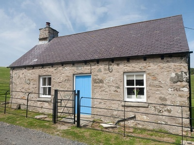 Plas Bach, Isle of Anglesey, Rhoscolyn