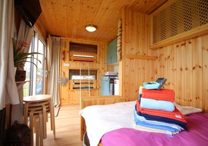 Llangennith Scamper Holidays - Tiki-Lodge, Swansea 3