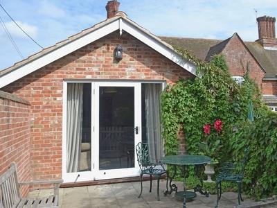 Blue Bell Cottage, Norfolk, Denton