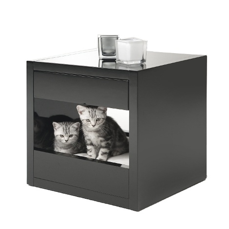 Bloq Pet Bed & Side Table - Black