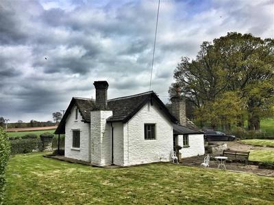 Lower Moor Lodge, Powys, Hay On Wye