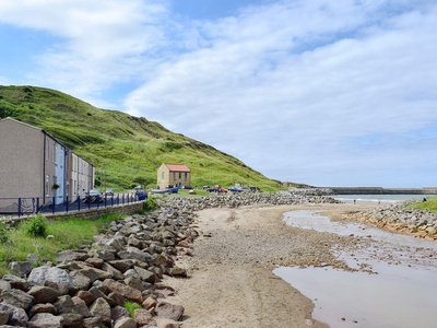 Cleveland Way Cottage, North Yorkshire, Saltburn-by-the-Sea