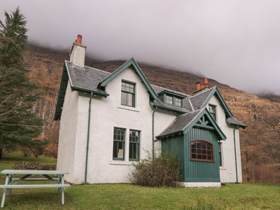 Glen Cottage, Highland, Achnasheen