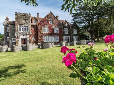 Alston Hall, Devon, Plymouth