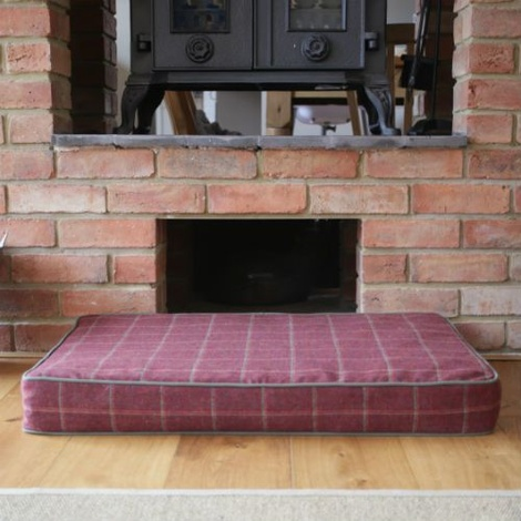 Memory Foam Tweed Dog Bed – Claret