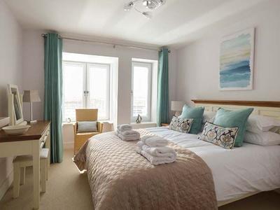 16 Ocean Heights, Cornwall, Newquay