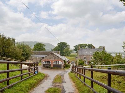 Dairy Cottage, Monmouthshire, Llantilio Pertholey