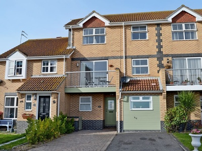 The Beach House, Essex, Selsey Ave