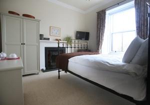 Tigh Na Leigh Guesthouse, Scotland 3