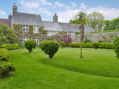 Manor House, Cornwall, Hayle