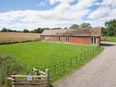 Tree House Barn, Shropshire, Condover