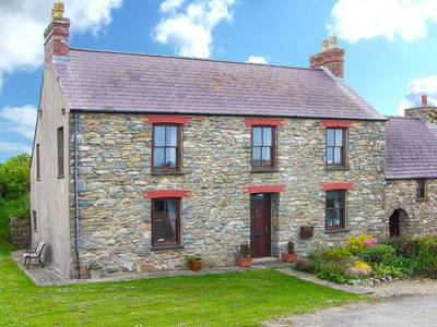 Gwryd Bach Farmhouse, Pembrokeshire, Haverfordwest