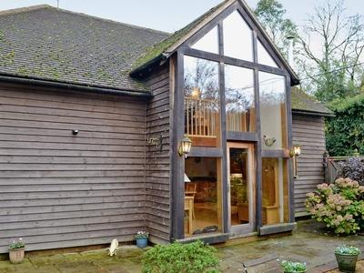 The Barn, Hampshire, Monkwood