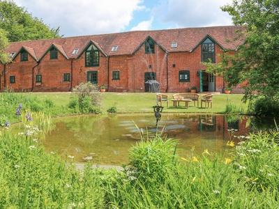 Buckholt Stables, Wiltshire, Salisbury