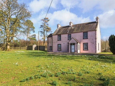Lochenkit Farmhouse, Dumfries and Galloway