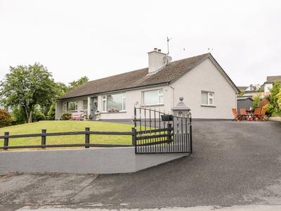 27 Pinewood Hill, Ireland, Newry