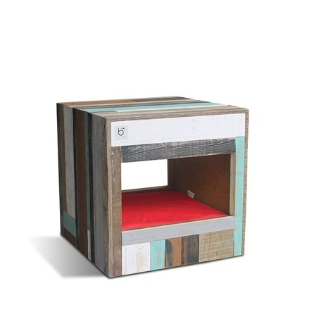 Bloq Eco Pet Bed & Side Table 9
