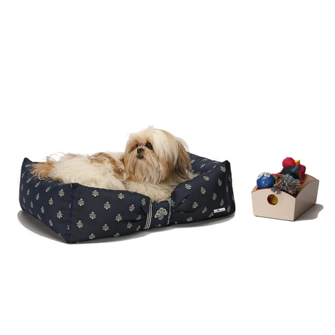 Cantatis Dog Bed - Inky Blue & Ivory