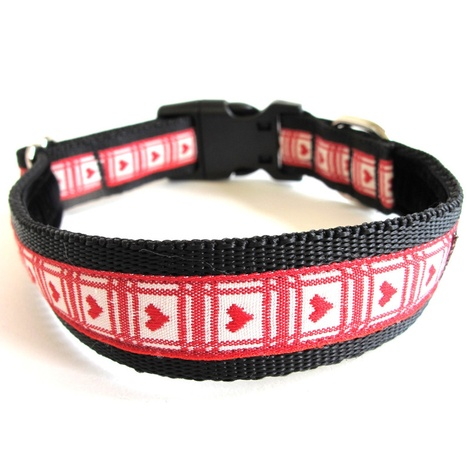 Queen of Hearts Dog Collar 2
