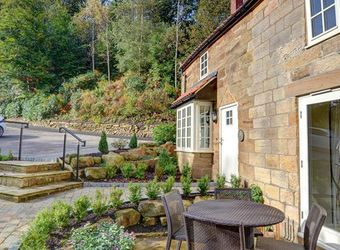 Raithwaite Estate - Gardeners Cottage