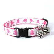 Mog's Togs - White Skull and Crossbones Safety Cat Collar
