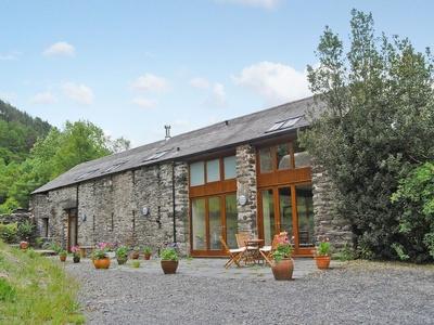 Hendre Barn Mawr, Wales, Abergynolwyn
