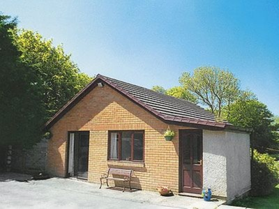 Greenmeadow Bungalow, Ceredigion, Llanon