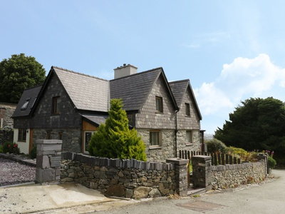Maesteg, Gwynedd, Bangor