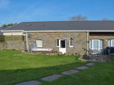 Glanmwrg Barn, Carmarthenshire, Llanelli