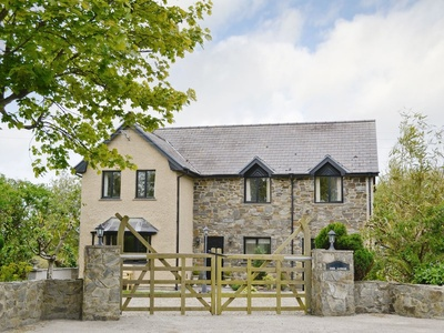 The Lodge, Ceredigion, Aberporth