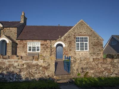 Nyth y Wennol, Isle of Anglesey, Brynsiencyn