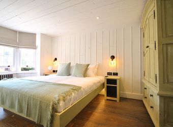 Bedrooms at Becketts - Southsea