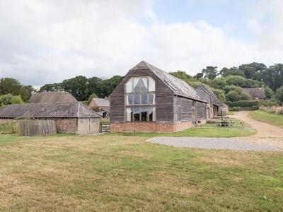 Hyde Barn, Hampshire