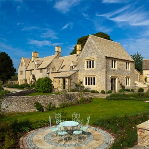 <strong>Barton Farm, Gloucestershire </strong>: Barton Farm is a beautifully restored former farmhouse that sits in its own 13 acres of gardens, pastures and woodland.