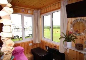 Llangennith Scamper Holidays - Tiki-Lodge, Swansea 2