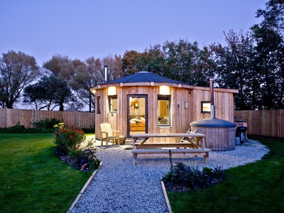 The Ember Room Roundhouse, East Thorne, Cornwall, Bude
