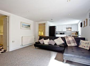 Devon Villa Garden Apartment