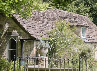 The Downs Barn Lodge, Gloucestershire