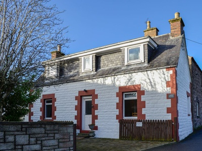 Larch Cottage, Perth And Kinross, Blairgowrie