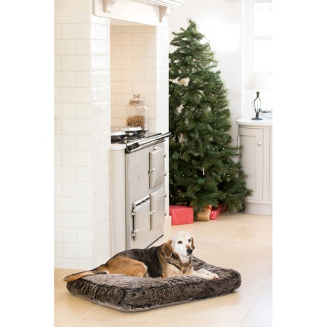 Winter Warmer Super Soft Mattress Dog Bed 2