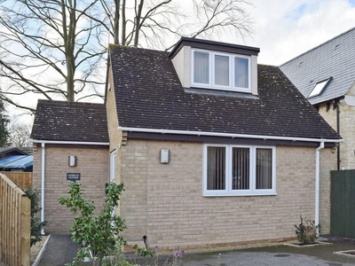 Camelia Cottage, Oxfordshire, Witney