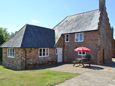 Hawthorne Cottage, Kent, Preston, Kent