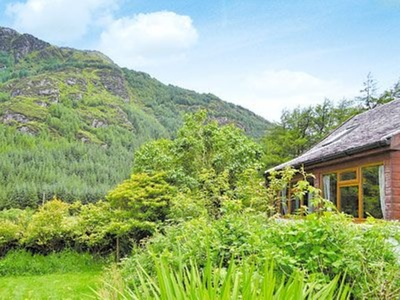 Stonefield Farm Cottage, Argyll and Bute, Dunoon